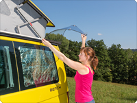 AIRSCREEN ® VW T6/T5  is introduced into the serial aluminium rail of the VW California or into the TOP-RAIL of all other VW T6/T5.