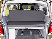 iXTEND folding bed can be attached on the headrests.